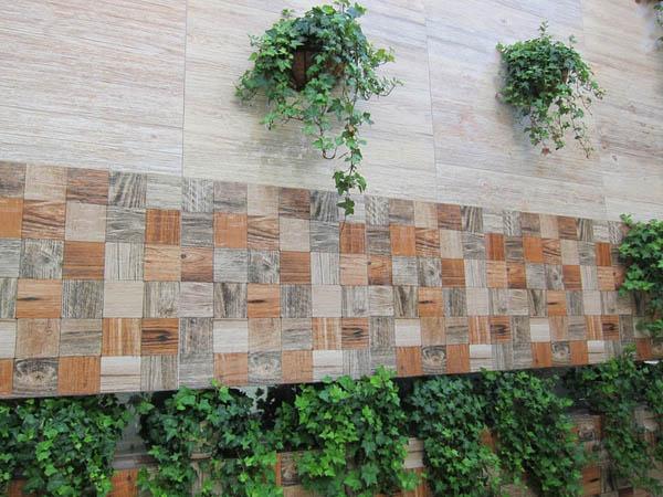 icc瓷砖蓝山瓷木木纹砖外墙实景图
